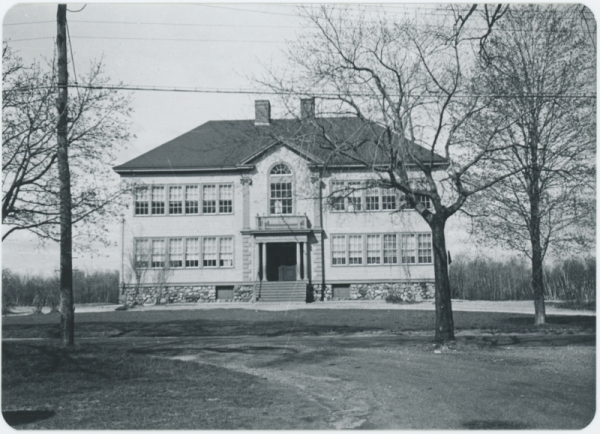 Whitefield School, from James Durkee, taken in 1953. Photo from Durkee's publicly available online gallery, hosted on wilmlibrary.org.