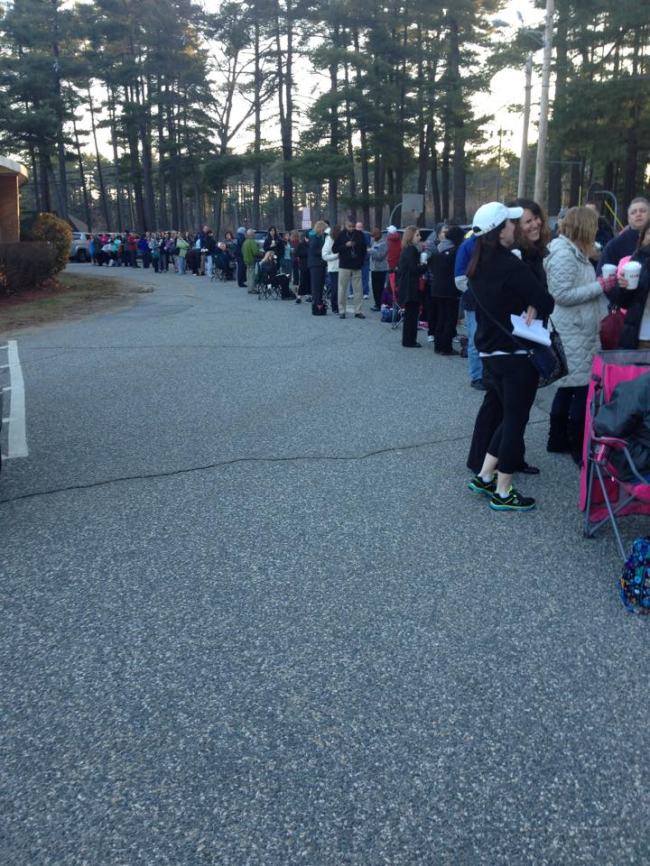 Wilmington parents waiting in line for Summer Playground Program registration.