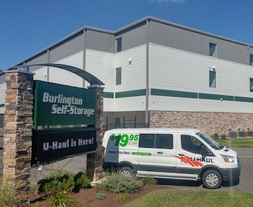 Wilmingtonu0027s Burlington Self Storage Now Offering U Haul Rentals U2013  Wilmington Apple