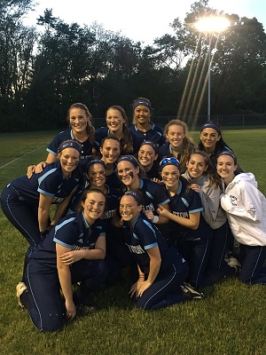 WHS SOFTBALL: Wildcats Win 5 In A Row, Including Dramatic Extra Innings Walk-Off